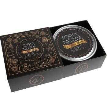 Caja de una Torta Negra- Destapada