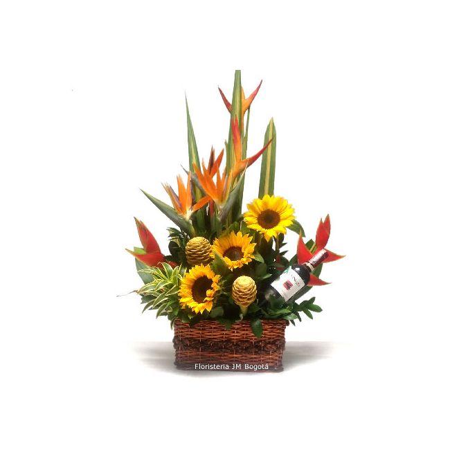 Arreglo Floral Con Girasoles Ave Del Paraiso Vino En Canasto